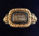 Beautiful 18ct gold georgian black enamel hair memorial vintage antique ring c.1804 Size S